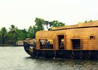 houseboats-of-alleppey-s